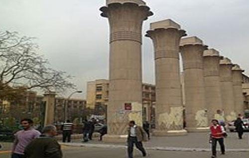 جامعة عين شمس انتظام  ألف طالب في الدراسة والامتحانات في مواعيدها