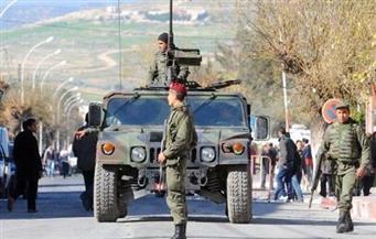 الجيش التونسي ينتشر بالمدن بعد تصاعد الاحتجاجات.. واعتقال 330 متظاهرا