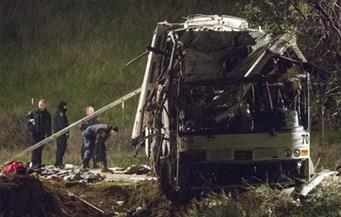 مقتل 35 شخصًا بأفغانستان في حادث اصطدام بين حافلة وصهريج وقود