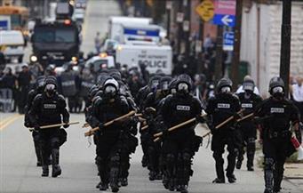 شرطة نيويورك تزيل مخيم اعتصام بعد تهديدات لترامب بإرسال قوات فيدرالية