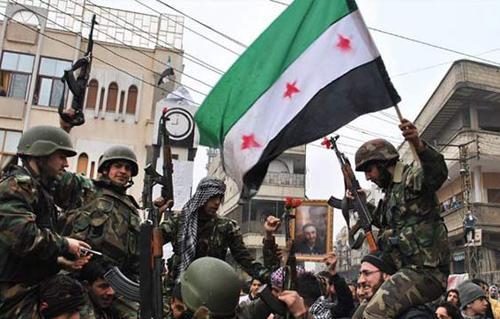 الجيش السوري يدمر 5 عربات مفخخة لـ  داعش  ويحبط هجمات ضد نقاط عسكرية بدير  الزور  -