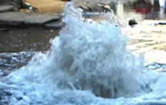 كثافات مرورية على محور العروبة بسبب كسر ماسورة مياه