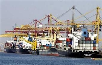 """52 حاوية تنطلق من ميناء السخنة في أولى رحلات """"جسور"""" إلي مومباسا الكينية"""