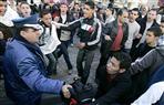 آلاف الجزائريين يحيون ذكرى التظاهرة الأولى المناهضة للعهدة الخامسة