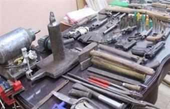 ضبط صاحب ورشة خراطة لاتهامه بتصنيع الأسلحة النارية بشبرا الخيمة