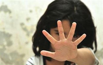 طفلة تحرق والدها حيا لتعديه عليها جنسيا.. والنيابة تحقق