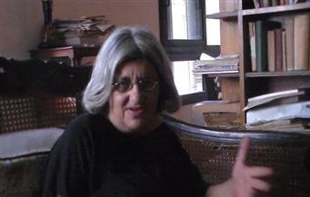 مصدر أمني ينفي ما رددته والدة علاء عبدالفتاح: زارت نجلها 8 مرات خلال شهر
