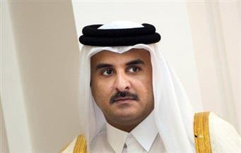 في أول جولة خارجية بعد الأزمة.. أمير قطر يواجه احتجاجات حاشدة.. مصريو الخارج: سنكشف تآمرها