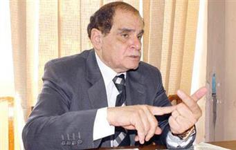 صلاح فوزي: ليست هناك مادة في القانون تلزم الحكومة بتقديم استقالتها