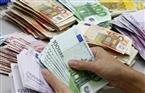ارتفاع أسعار الدولار واليورو والإسترليني في تعاملات البنوك اليوم