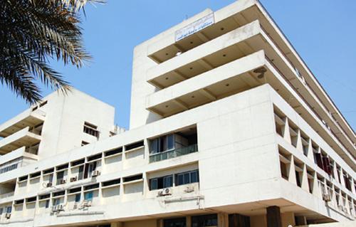 مستشفيات جامعة عين شمس توفر خدمة الطب عن بعد -