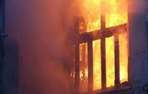 مصرع طفل وسيدة وإصابة  آخرين في حريق بقرية بكفر الشيخ