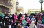 عشرات-من-طالبات-الإخوان-ينظمن-مسيرة-داخل-كلية-الدراسات-الإسلامية-بأزهر-دمنهور