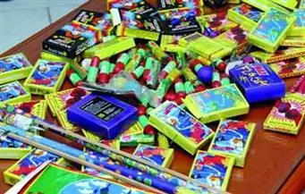 ضبط 600 صاروخ ألعاب نارية وسلع غذائية فاسدة في حملة تموينية بالإسكندرية