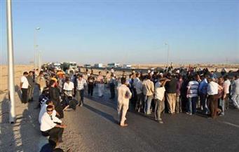 أهالى قرية العنانية يقطعون الطريق احتجاجًا على مصرع شاب غرقًا أثناء مطاردة أمنية