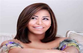 """شيرين عبد الوهاب تغني باللهجة اللبنانية في """"خمسة ونص"""""""