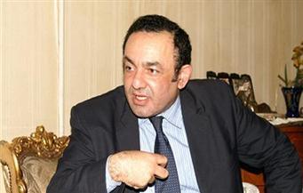 عمرو الشوبكي: لا يجوز سحب الثقة من الحكومة الحالية بدون اختيارات مسبقة