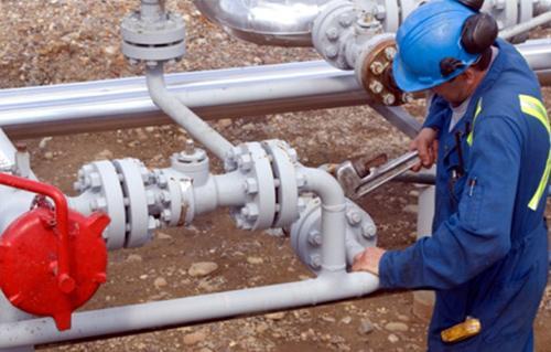 محافظ الأقصر يعلن توصيل الغاز الطبيعي خلال ثلاثة أشهر  لمنطقة الكرنك