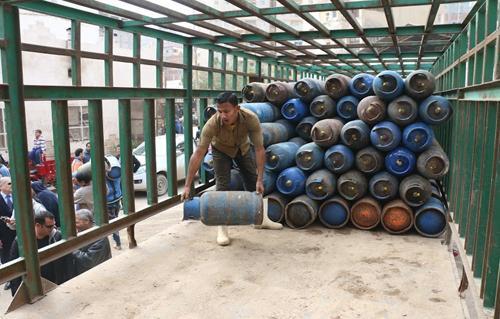 أصحاب مستودعات البوتاجاز  بالإسماعيلية تبدأ الاستعداد لانخفاض درجات الحرارة