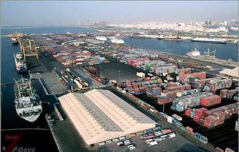 إغلاق ميناءين جديدين بالبحر الأحمر لسوء الأحوال الجوية