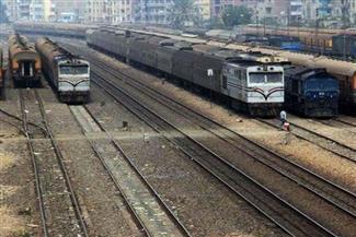 """عودة حركة القطارات بالقليوبية لطبيعتها بعد توقفها بسبب دخان في أحد الجرارات بمنطقة """"قلما"""""""