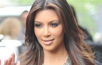 """كيم كارداشيان تعلن مولد طفلها الرابع من """"أم بديلة"""""""