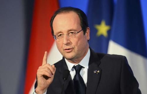 أولاند: أوروبا ارتكبت أخطاء في أزمة الهجرة