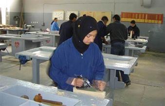 تدريب السيدات والفتيات على أعمال النجارة وتصنيع الأثاث بجنوب سيناء