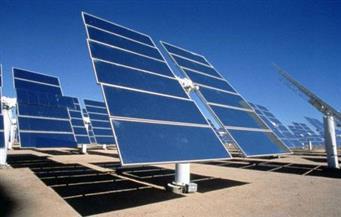 إجراء أول تجربة تشغيل محطة توليد الكهرباء من الطاقة الشمسية بأسوان