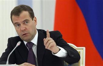 """ميدفيديف: أوروبا تحاول دفع روسيا للتخلي عن مشروع """"نورد ستريم 2"""" للغاز"""