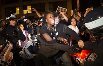 الآلاف يتظاهرون في شيكاغو ضد الأسلحة النارية