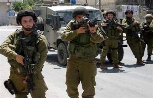 قوات الاحتلال الإسرائيلي تعتقل ثلاثة فلسطينيين قرب الحدود الشرقية لغزة