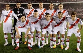 إصابة 25 لاعبًا بفيروس كورونا في صفوف ريفر بليت الأرجنتيني