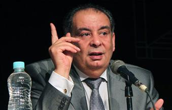 """برلماني يطالب بمنع يوسف زيدان من الظهور على الفضائيات لـ""""تطاوله علي الأقصي والتاريخ"""""""