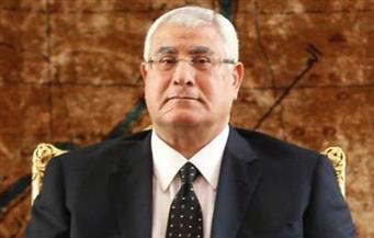 المستشار عدلي منصور يهنئ البابا تواضروس بعيد القيامة