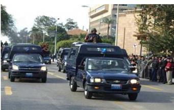 ضبط هارب مطلوب في 14 قضية جنائية وجنحة وبحوزته سلاح آلي في مدينة الحمام بمطروح