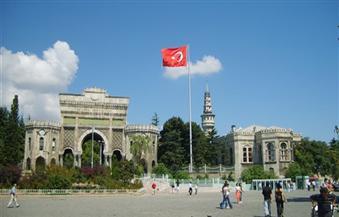أساتذة وطلاب أتراك يحتجون على إجراءات التطهير بعد محاولة الانقلاب
