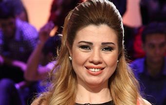 رانيا-فريد-شوقي-تهنئ-خالد-الصاوي-على-تكريمه-في-مهرجان-الإسكندرية-السينمائي