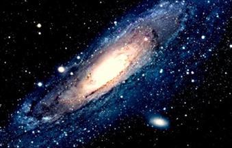 """علماء يكتشفون كتلة خارجية فائقة ضخمة تعمل على ابتلاع مجرة """"درب التبانة"""""""