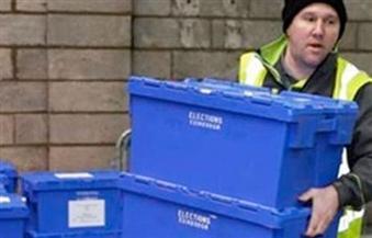 الناخبون يواصلون الإدلاء بأصواتهم في الانتخابات المحلية بإنجلترا