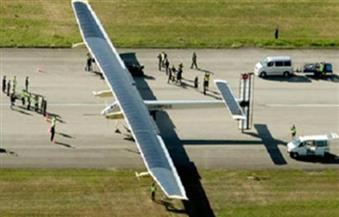طائرة شمسية تهبط في إسبانيا بعد عبورها  الأطلسي في 3 أيام