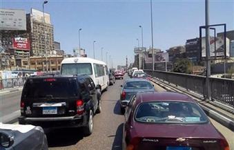 كثافات مرورية بكوبري 15 مايو والطريق الدائري بسبب عطل سيارة