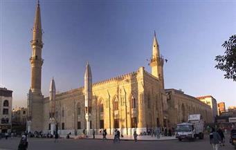 غلق مسجد الحسين وإحالة جميع الأئمة والعاملين بالمسجد للتحقيق