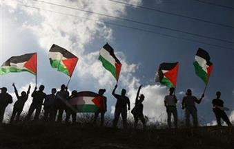 """""""في كفي قصفة زيتون.. وعلى كتفي نعشى"""" ..""""مسيرات العودة"""" تهتف في وجه الاحتلال حتى """"ذكرى النكبة"""""""