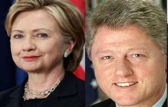 """كلينتون ينتقد """"أوباما كير"""" ويحرج هيلاري.. وترامب ساخرًا: """"أراهن أنه أمضى ليلة سيئة"""""""