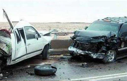 مصرع شخص وإصابة  آخرين في حادث تصادم بأسوان