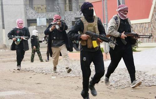 المرصد السورى لحقوق الإنسان: داعش ابتلع 40 طن ذهب خالص من سوريا والعراق -
