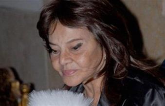 """غادة نافع لـ """"بوابة الأهرام"""": حالة والدتي تحسنت ولم تنقطع عن متابعة الحركة الفنية"""