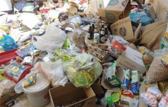 ضبط مخزن مواد غذائية غير مرخص وتحرير 5 محاضر في حملات على أسواق ملوي بالمنيا