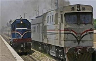 السكة الحديد: تسيير الحركة على الخط الموازي في قليوب لحين الانتهاء من رفع جرار القطار 333